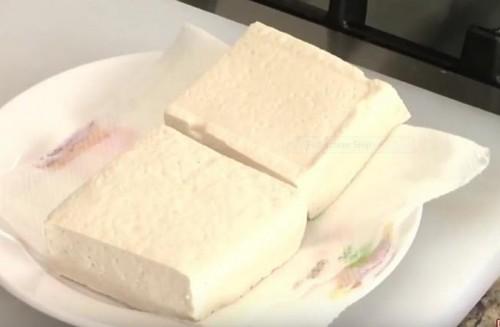 Cách làm đậu phụ sốt cay cho ngày mát trời - 1