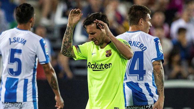 Biến ở Barca: Messi phẫn nộ vì HLV Valverde đòi bán chiến hữu Suarez - 1