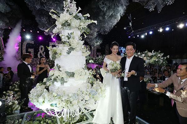 MC đám cưới của Nhã Phương chính là cô gái Trường Giang yêu thầm 17 năm trước - 1