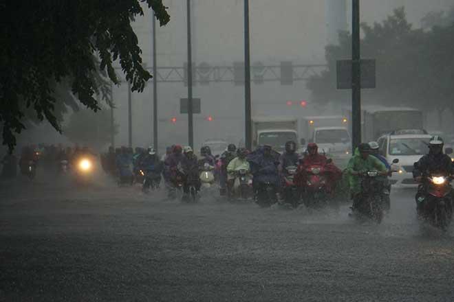 Sài Gòn mưa như trút nước, cửa ngõ Tân Sơn Nhất ngập kinh hoàng - 9