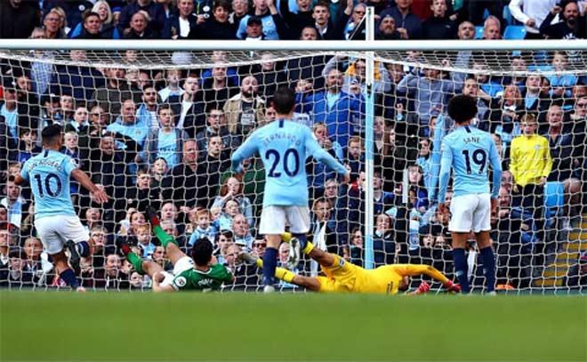 Man City đè Liverpool, Chelsea: Bước chân thần tốc của nhà vô địch - 1