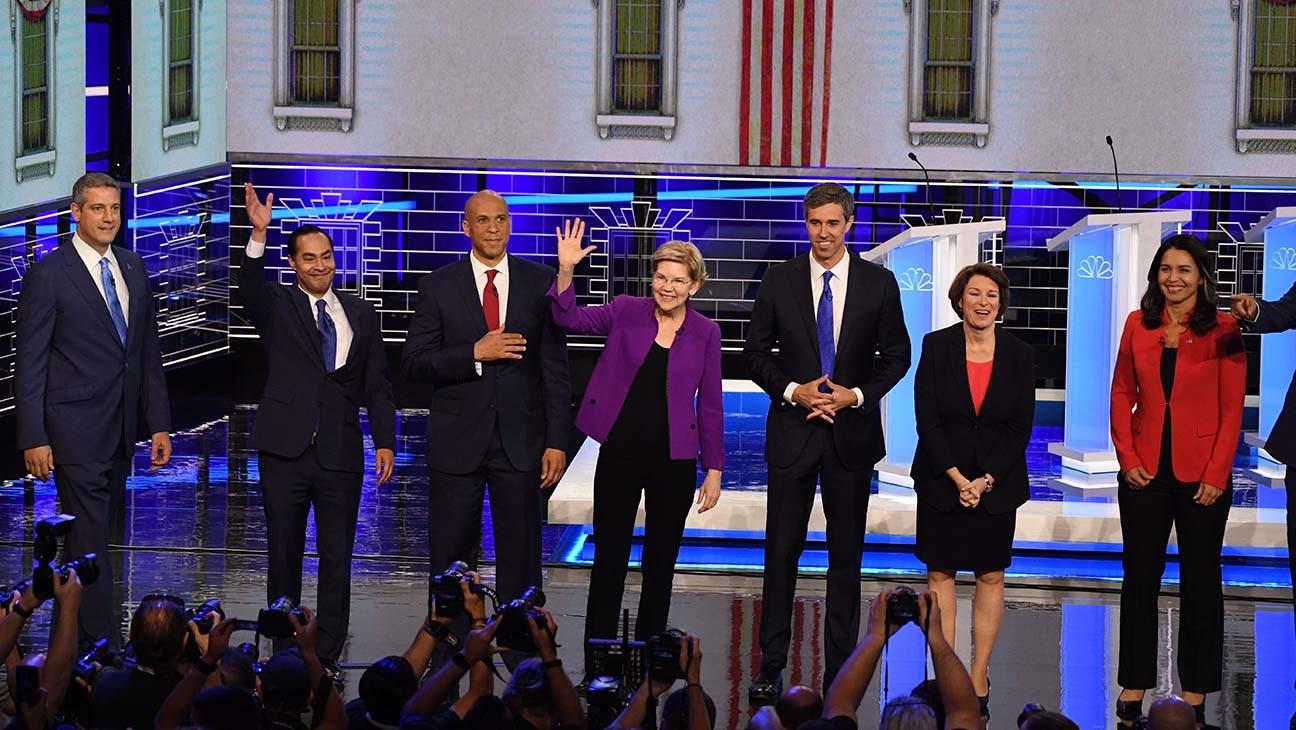 Ý nghĩa sâu xa trong trang phục các ứng viên tổng thống Mỹ - 1