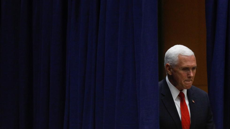 Phó Tổng thống Mỹ về Nhà Trắng gấp ngay sau thảm kịch tàu ngầm hạt nhân Nga - 1