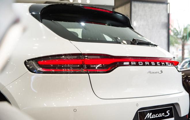 """Chẳng cần đại gia vì bản thân đã là """"đại gia"""", siêu mẫu Thanh hằng tậu Porsche Macan 2019 mừng sanh thần tuổi 36 - 4"""