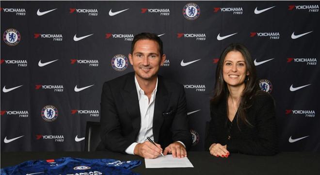 """Lampard - Chelsea: """"Người không phổi"""" từng cày nát Ngoại hạng Anh thế nào? - 1"""