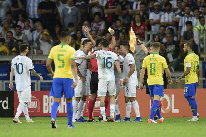 Brazil muốn làm vua bóng đá Nam Mỹ: 2 tin chấn động trước chung kết Copa America - 1