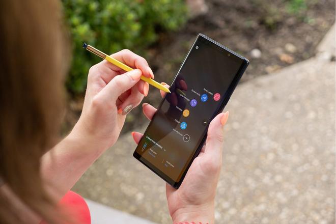 Hé lộ giá trung bình của smartphone 5G Samsung, vô cùng hấp dẫn - 1