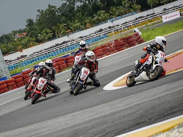Vòng ba giải đua xe mô tô Việt Nam chính thức khởi tranh