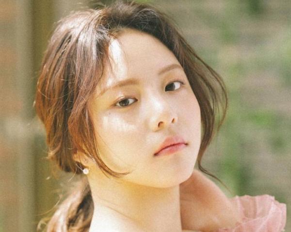 Phản ứng bất ngờ của đài Hàn Quốc sau vụ diễn viên bắt trái phép sò 50 năm tuổi - 1