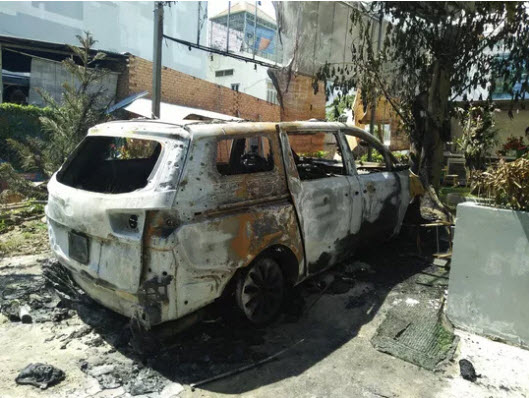 """Chấn động vụ ném """"bom xăng"""" vào quán cà phê ở TP Biên Hòa - 2"""
