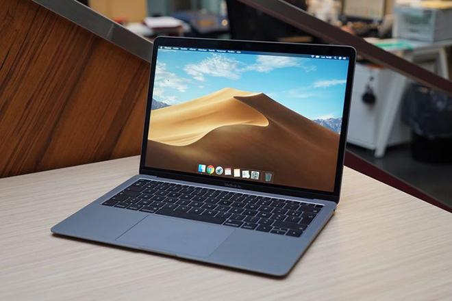 Apple tạm biệt MacBook Pro không Touch Bar, giảm giá MacBook Air - 1