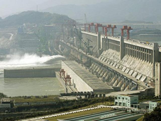 Đập thủy điện lớn nhất hành tinh ở TQ làm Trái đất quay chậm lại, khiến ngày dài hơn?