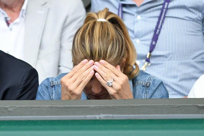 "Vợ Federer bị bình luận viên ""khen đểu"": Triệu fan Wimbledon phẫn nộ - 1"
