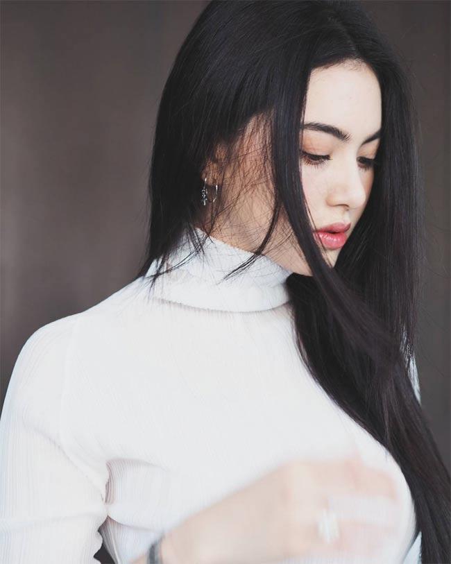 """Mai Davika - mỹ nhân được mệnh danh """"ma nữ đẹp nhất Thái Lan"""", từng sở hữu mái tóc dài tha thướt."""