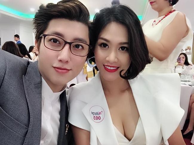 """Hà Hương rất đắt show tham gia dự kiện, có nhiều hợp đồng quảng cáo và biểu diễn thời trang sau khi """"Phía trước là bầu trời"""" hot trở lại vào năm 2018."""