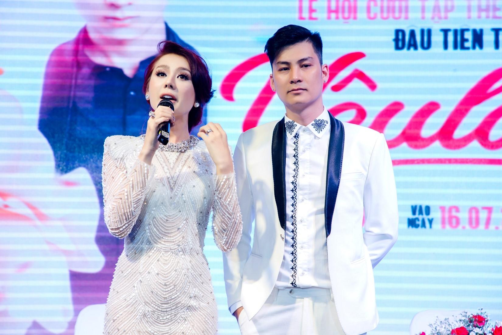 Lâm Khánh Chi chơi trội, chi hơn 2 tỷ làm lễ cưới cho người chuyển giới - 1