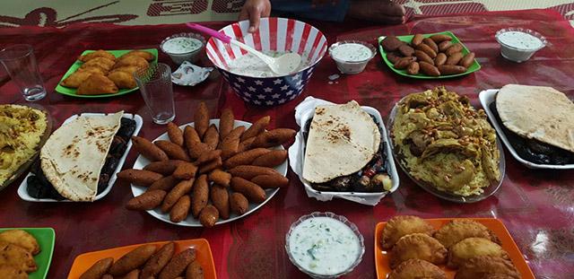Choáng với những mâm cơm hiếu khách của người Syria - 1