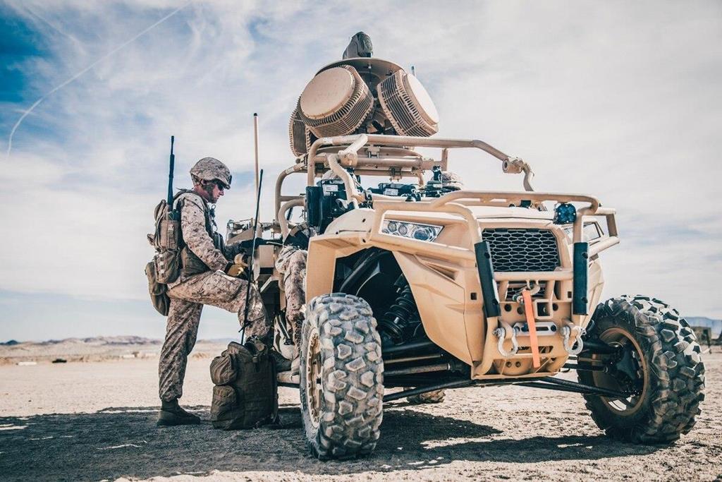Vũ khí lạ Mỹ dùng bắn rụng máy bay không người lái Iran có gì đặc biệt? - 1