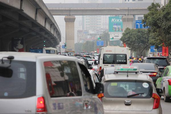 Hà Nội lên kế hoạch thu phí tự động phương tiện vào nội đô - 1