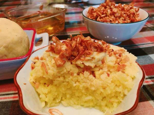 Hướng dẫn cách nấu xôi xéo bằng nồi cơm điện, dễ dàng mà thơm ngon - 1