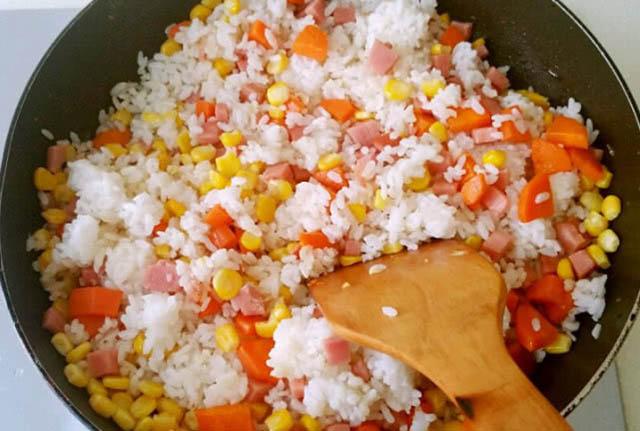 Thêm những nguyên liệu này vào cơm, vị ngon hơn mà công dụng cực tốt - 3