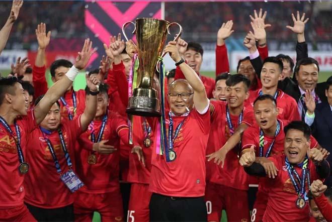 """ĐTVN đấu UAE tranh vé World Cup: Cẩn trọng """"bộ tứ nguyên tử"""" 275 tỷ đồng - 1"""