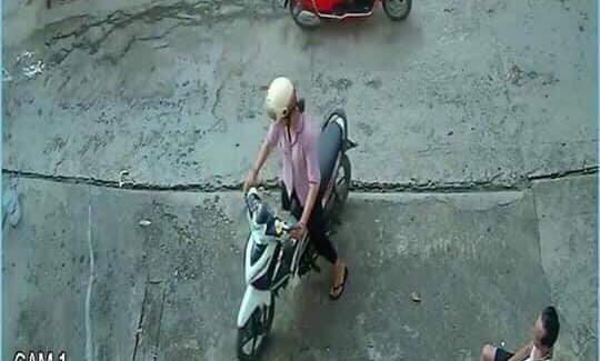 Người mẹ trẻ xinh đẹp ở Điện Biên không nhận ra chồng con khi được tìm thấy - 1