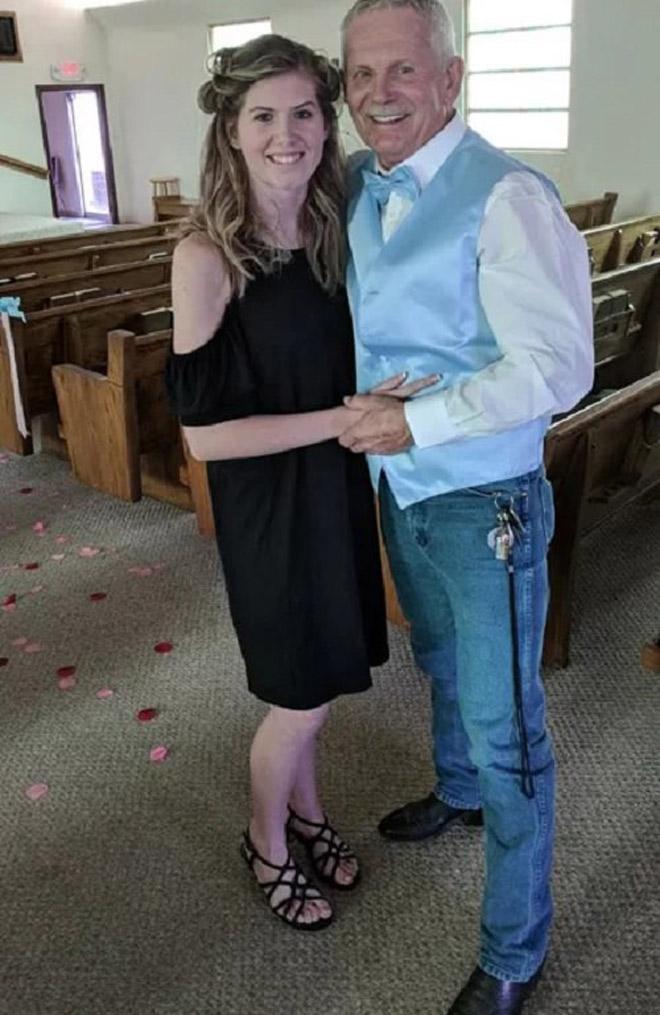 Cụ ông bị chỉ trích dữ dội vì cưới nữ sinh kém 43 tuổi - 1
