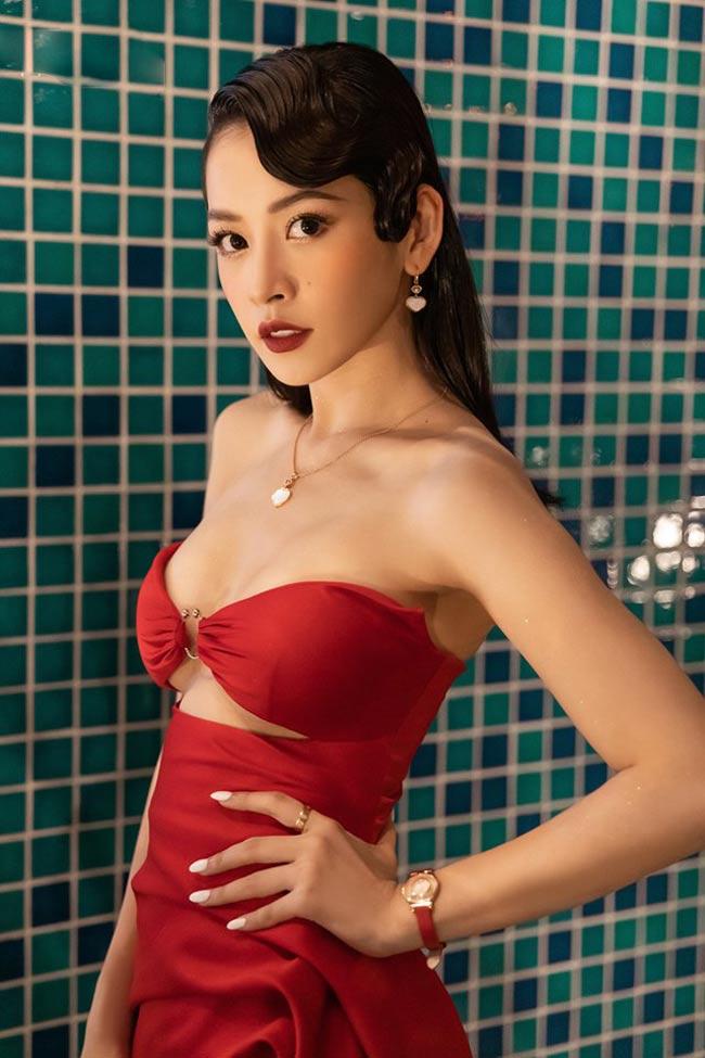 Sau khi trở thành ca sĩ, Chi Pu ngày càng khiến người ta phải ngạc nhiên vì phong cách trưởng thành.