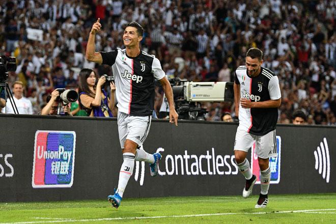 """Juventus thua đau Tottenham: Bị thay sớm, Ronaldo """"nổi điên"""" với Sarri? - 1"""