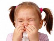 Trẻ sơ sinh sổ mũi, nghẹt mũi, mẹ phải làm sao để con ngủ ngon giấc?