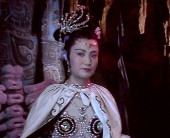 Tây Du Ký: Bạch Cốt Tinh mang vẻ đẹp Hollywood gây sốt lịch sử Tây Du Ký - 1