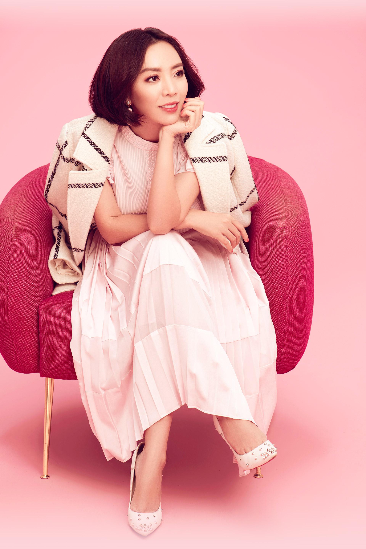 """""""Hoa hậu hài"""" Thu Trang: Chồng làm gì bên ngoài mặc kệ, nhưng phải mang tiền về - 8"""