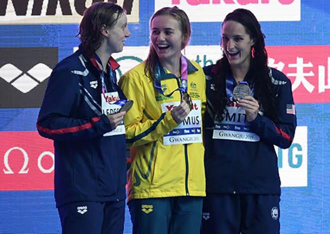 Thiếu nữ 18 tuổi đả bại siêu kình ngư Mỹ: Dậy sóng giải bơi thế giới 2019 - 1