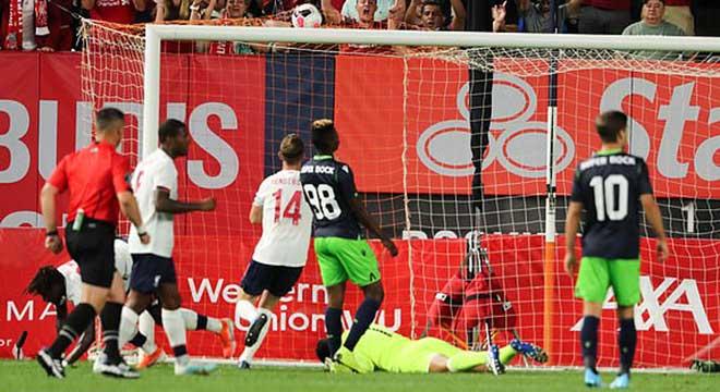Liverpool - Sporting: Mục tiêu của MU tỏa sáng, tiệc 4 bàn mãn nhãn - 1