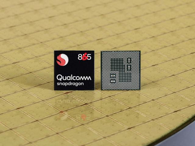 Uy lực của chip Snapdragon 865 cũng khiến iPhone 12 phải e dè