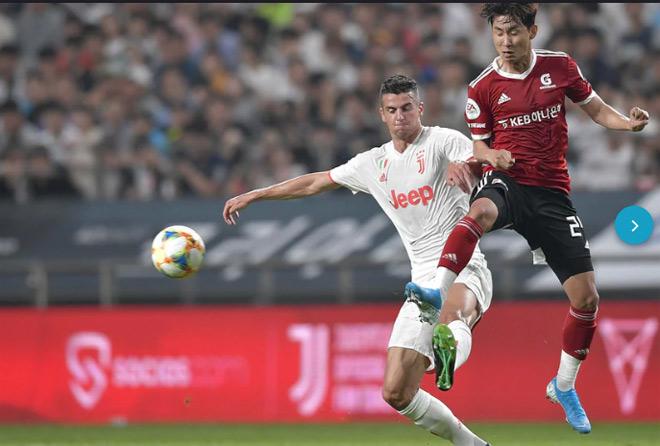 Juventus - K-League All Stars: Ronaldo cáu vì đội đồng hương thầy Park - 1