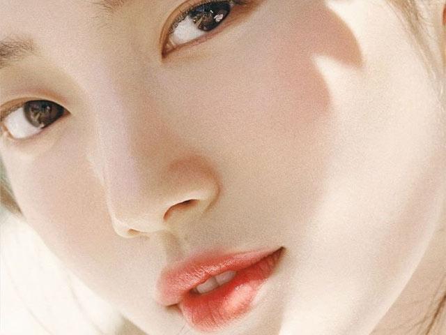 """Học lỏm cách chăm da trắng nuột nà của các """"tình đầu Hàn Quốc"""""""