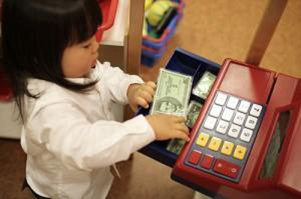 Những bài học quan trọng nhất về tài chính bạn nên dạy cho con từ khi còn nhỏ - 1