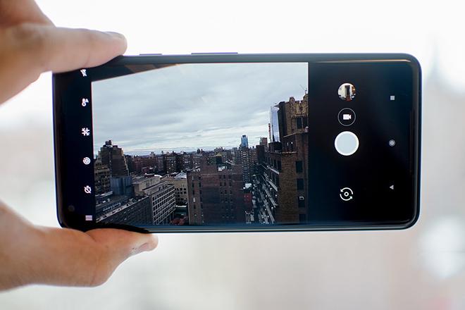 """Máy ảnh smartphone: Bao nhiêu """"chấm"""" là phù hợp? - 1"""