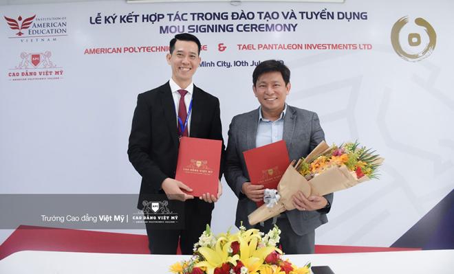 Trường CĐ Việt Mỹ ký kết hợp tác trong đào tạo và tuyển dụng chuyên ngành Dược và Điều dưỡng - 1
