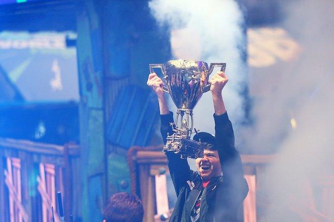 Vô địch Fornite World Cup, game thủ 16 tuổi trở thành tỷ phú chỉ sau một đêm - 1