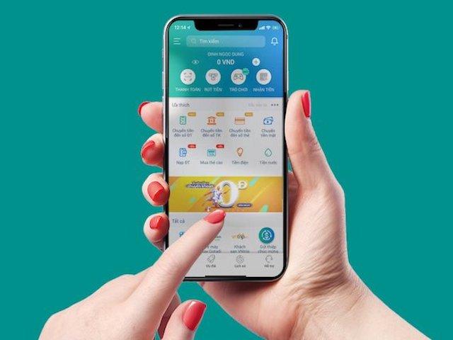 Người dùng nói gì về việc siết hạn mức thanh toán bằng ví điện tử?