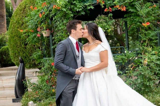 Chân dung nàng dâu gốc Việt yêu kiều của Hoàng gia Monaco - 9