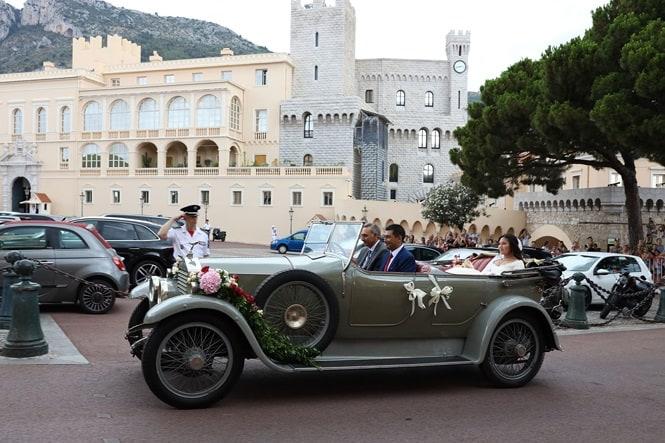 Chân dung nàng dâu gốc Việt yêu kiều của Hoàng gia Monaco - 10