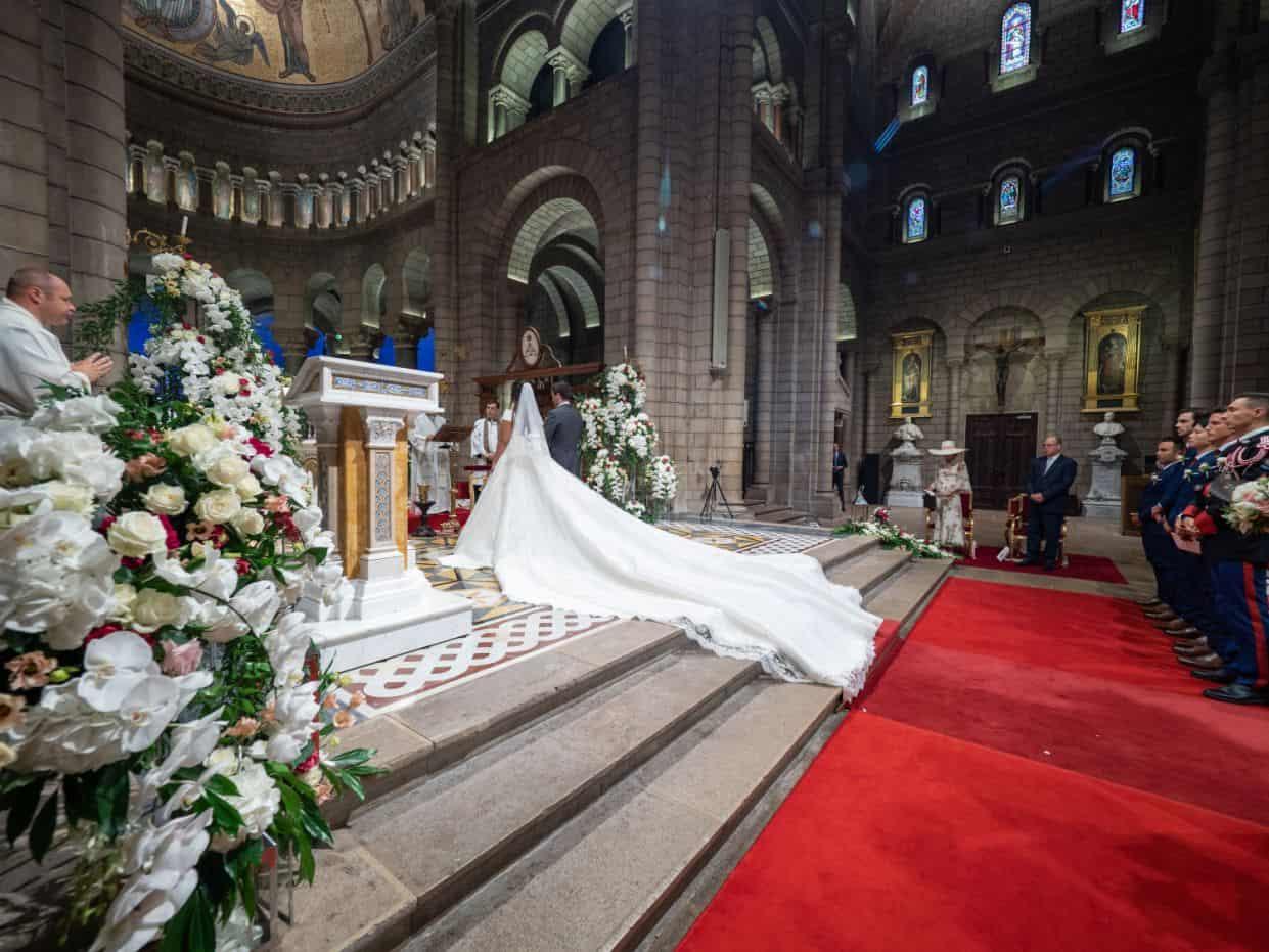 Chân dung nàng dâu gốc Việt yêu kiều của Hoàng gia Monaco - 3