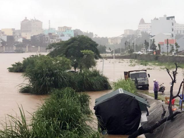 Thiệt hại ban đầu do bão số 3 đổ bộ, đã có người mất tích