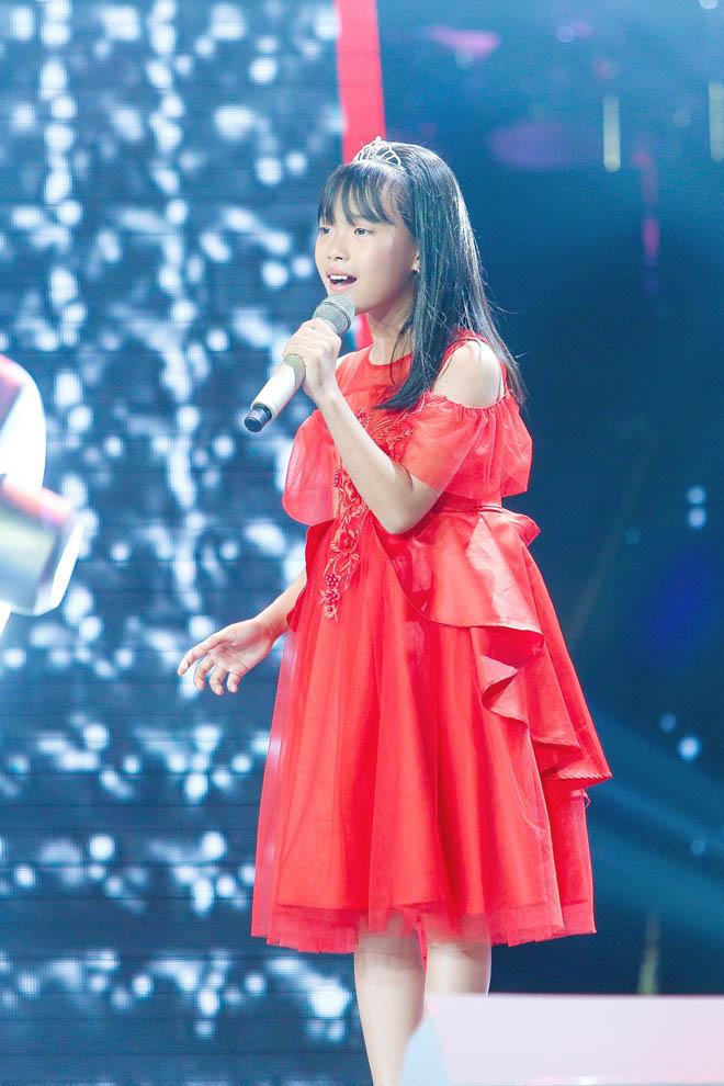 Chấm thi The Voice Kids, Hương Giang thừa nhận hát không hay bằng thí sinh 10 tuổi - 1