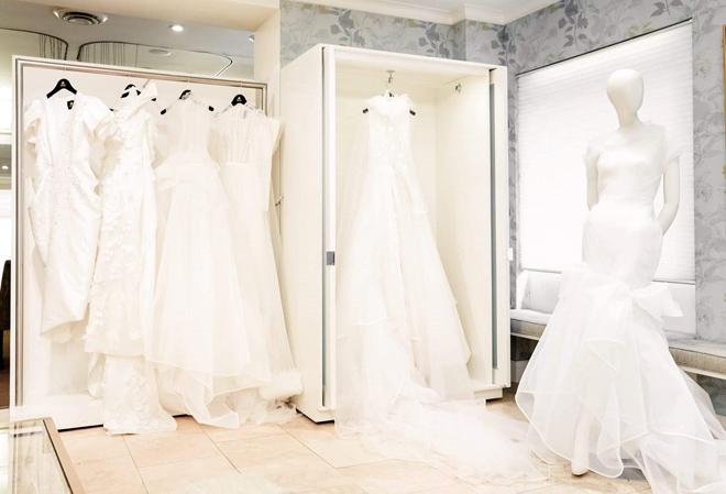 Ngắm váy cưới của nhà thiết kế Việt tại tiệm đồ cưới nổi tiếng New York - 1