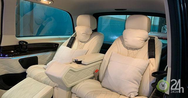"""Mercedes-Benz V-Class """"độ"""" nội thất da bò Ý và vách ngăn ông chủ như Rolls-Royce Phantom"""